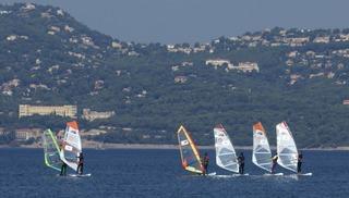 Ecole de windsurf spin out - Hyères